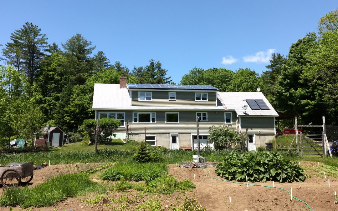 7.48 kW Roof Mounted Solar Array in Thetford, VT